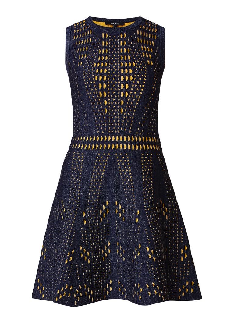 NIKKIE Jane Ventura fijngebreide A-lijn jurk met dessin