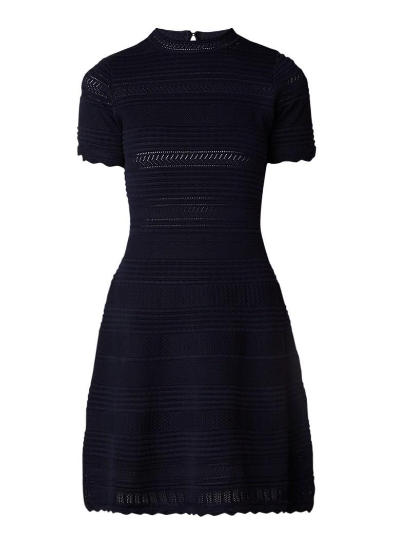 NIKKIE Jordan A-lijn jurk met opengewerkt dessin donkerblauw