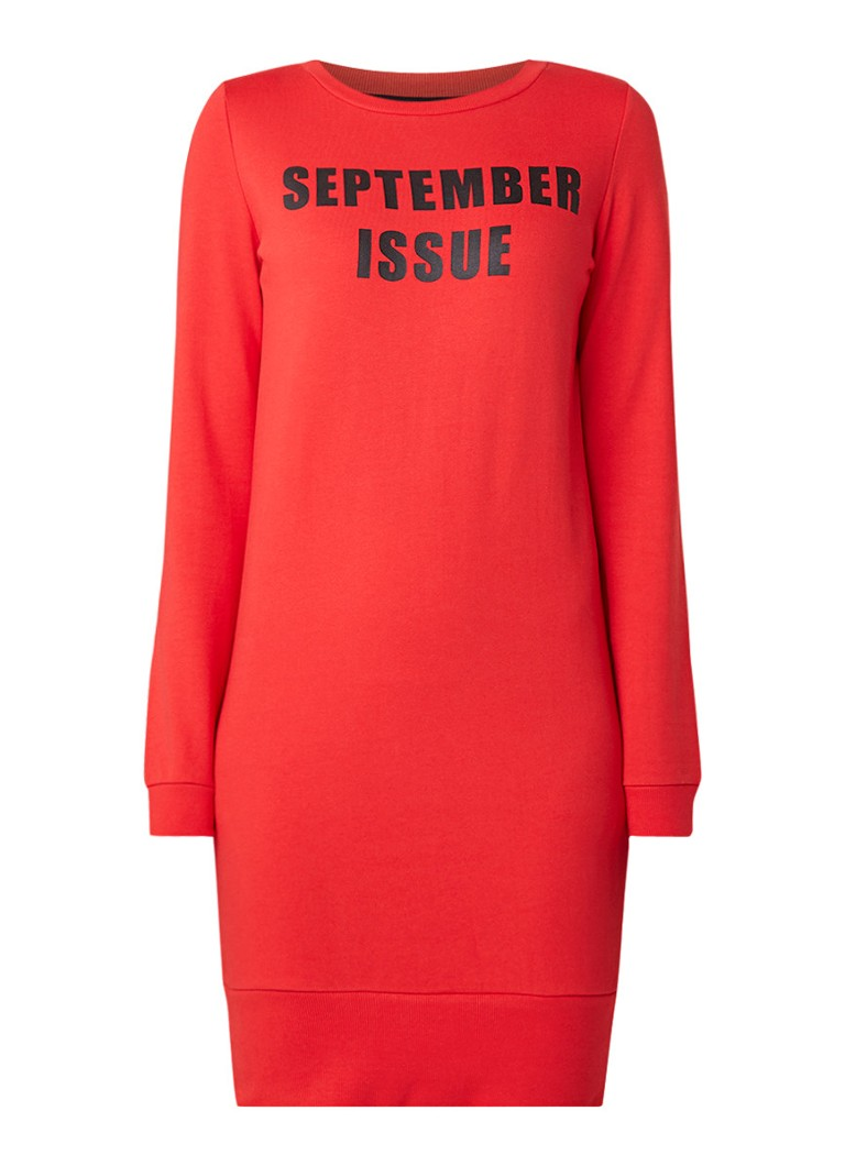 NIKKIE September Issue sweatjurk met opdruk rood
