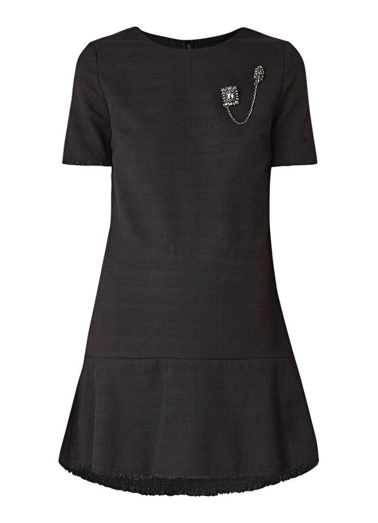 NIKKIE Luca loose fit mini-jurk met broche en structuur zwart