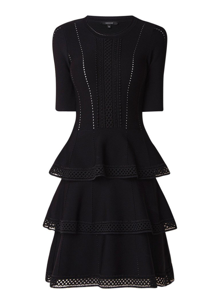 NIKKIE Jalie fijngebreide A-lijn jurk met guipure kant zwart