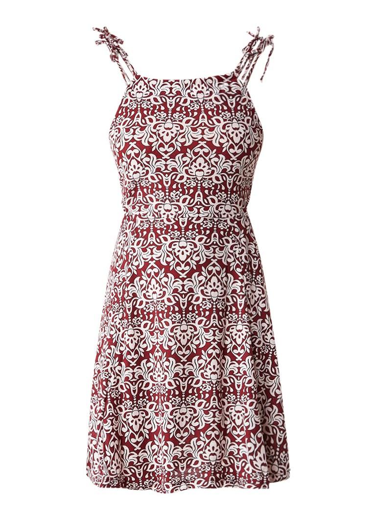 Topshop Mouwloze jurk met cut-outs en aztekenprint bordeauxrood