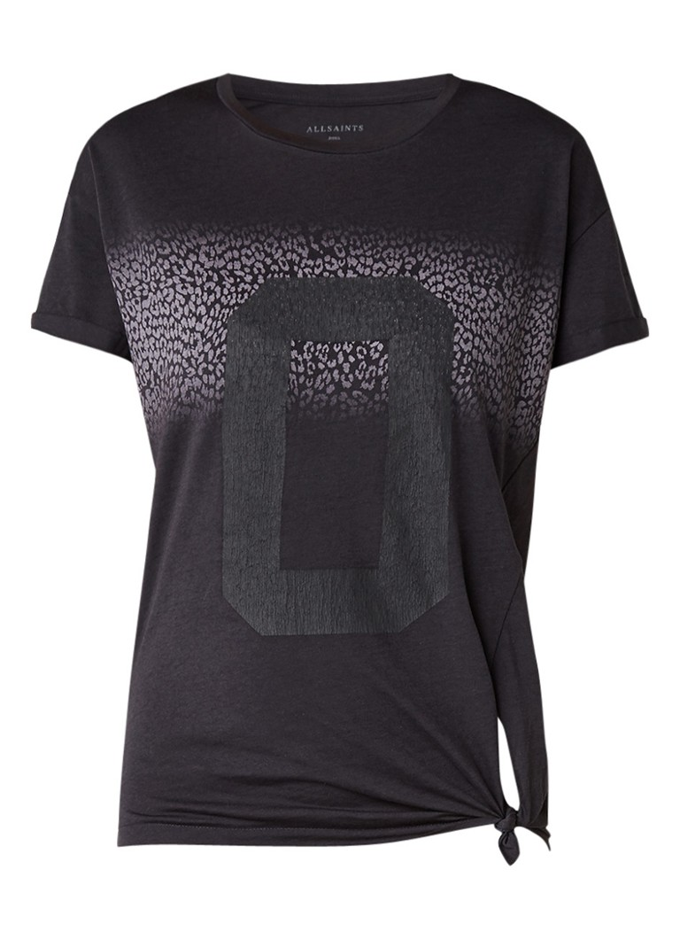 AllSaints Zeroes Heny T-shirt met frontprint en knoopdetail