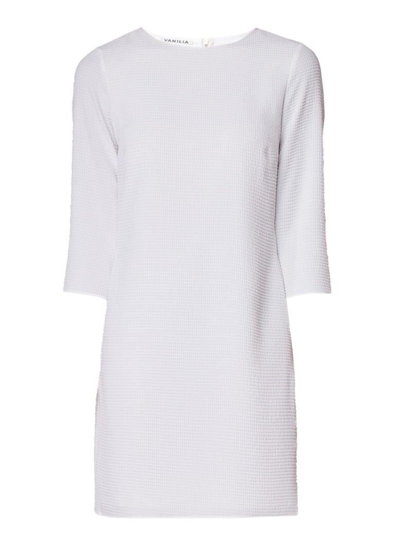 Vanilia Losvallende jurk met structuur en driekwart mouw wit