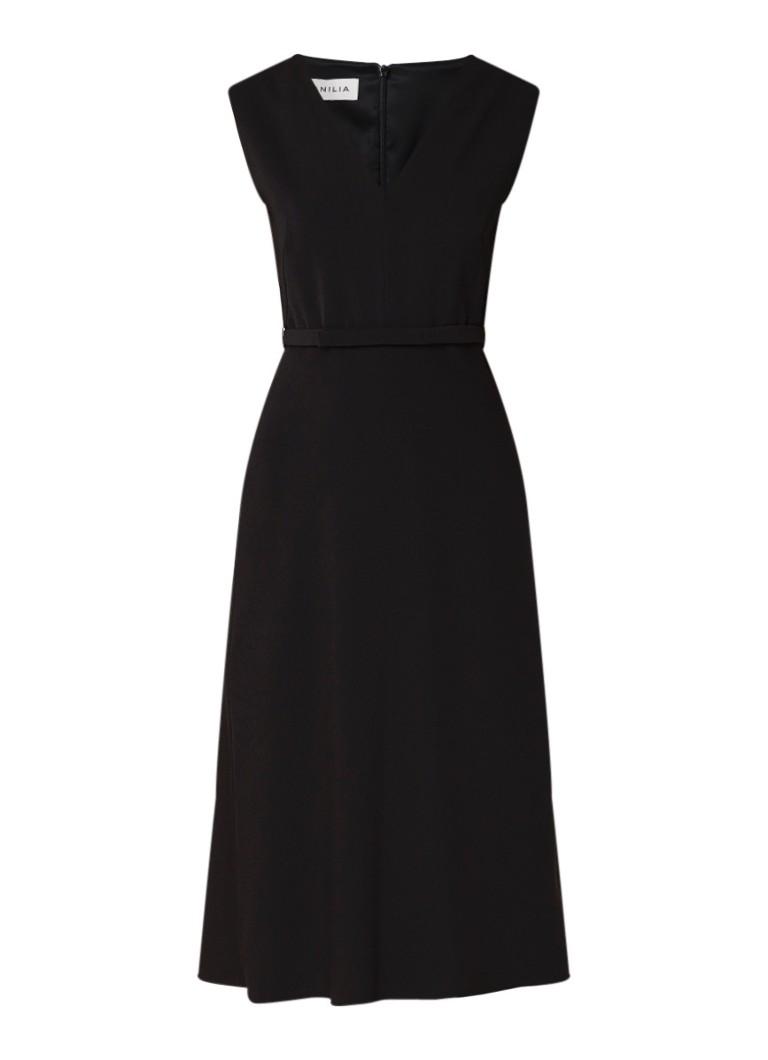 Vanilia A-lijn jurk van crêpe met ceintuur zwart