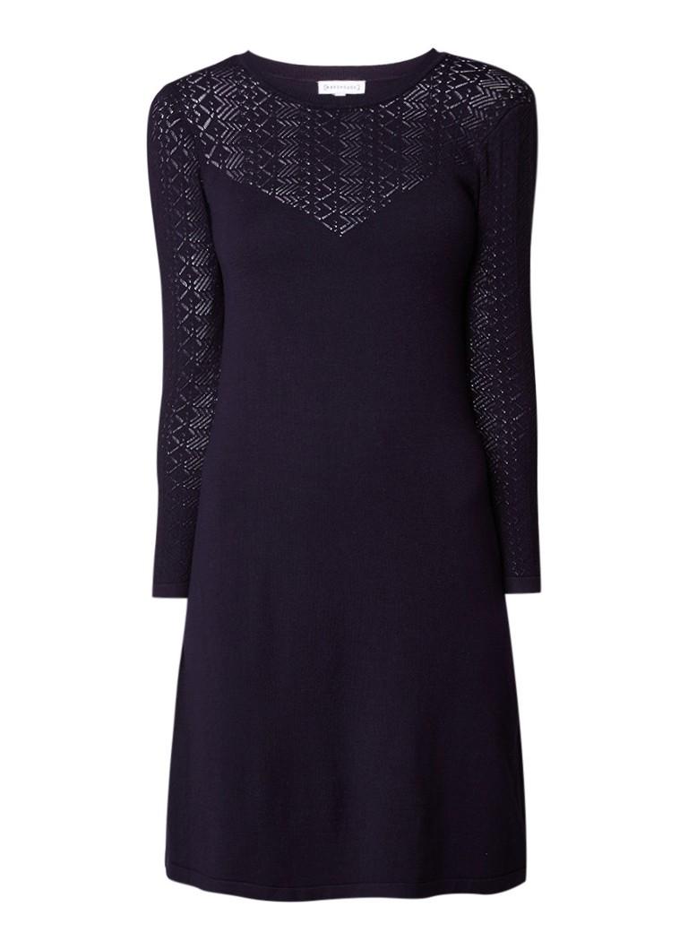 Warehouse Fijngebreide jurk met opengewerkte details donkerblauw