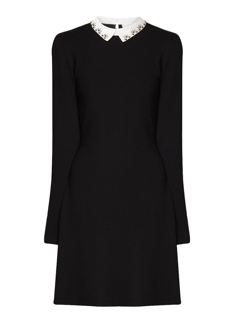 Warehouse Fijngebreide mini-jurk met gedecoreerde kraag diepzwart