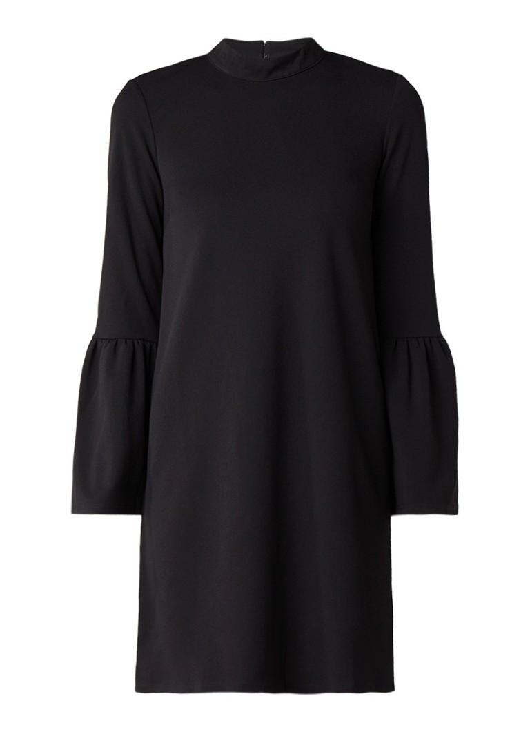 Warehouse Losvallende A-lijn jurk van crêpe met trompetmouw diepzwart
