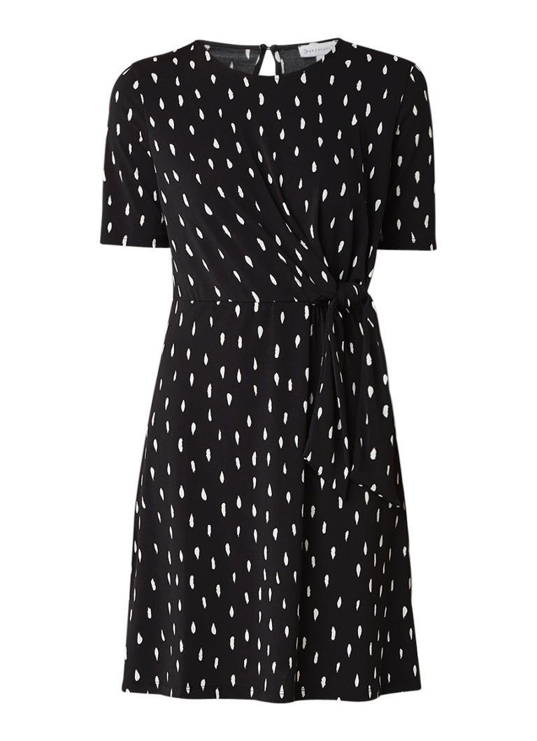 Warehouse Midi-jurk van jersey met dessin en knoopdetail zwart