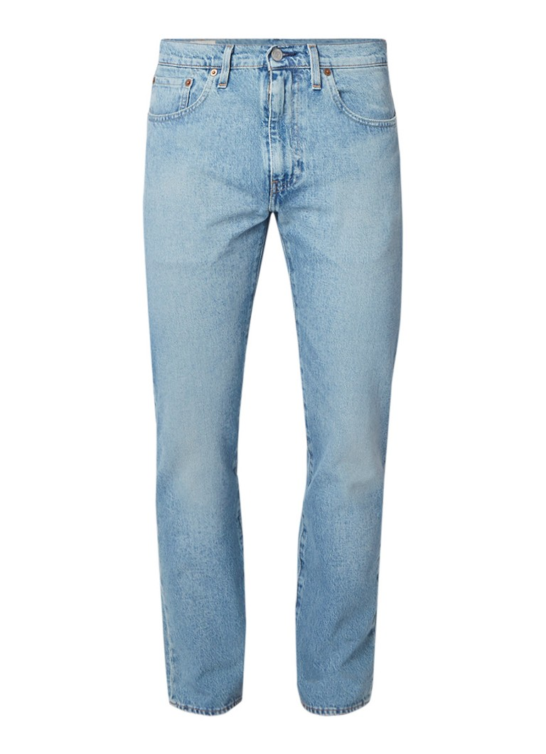 Levi's 502 tapered fit jeans met destroyed details