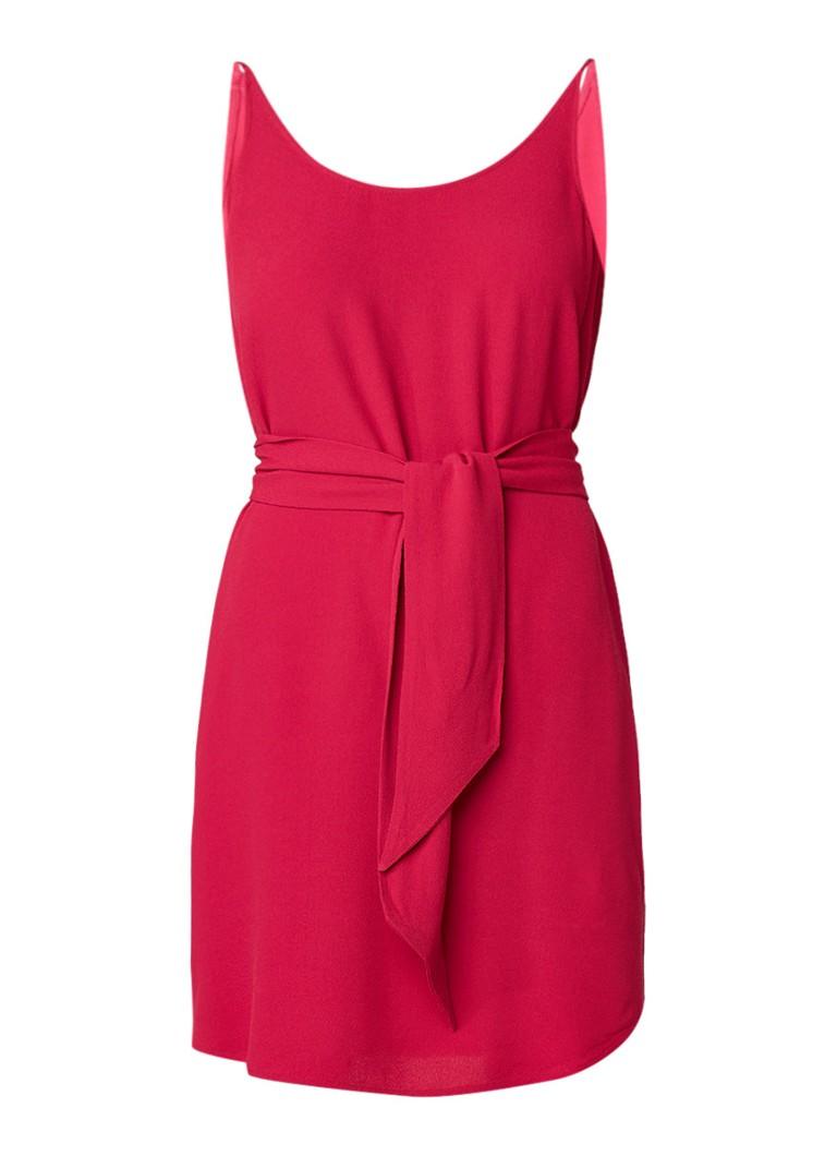 BA&SH Taima jurk van crêpe met strikceintuur fuchsia