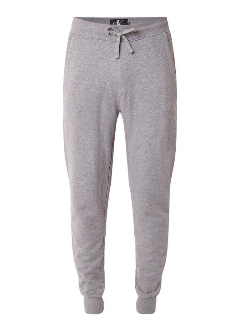Calvin Klein Slim fit joggingbroek met achterzak en logo-embleem