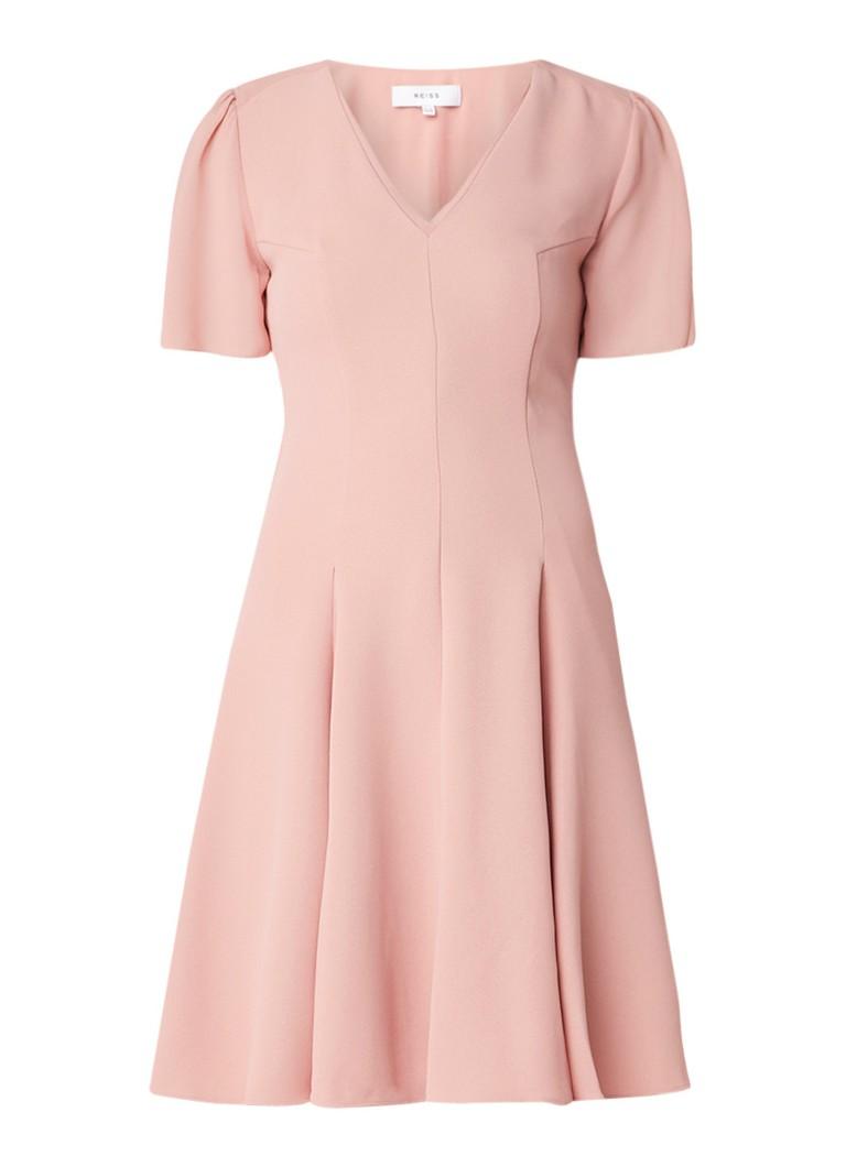 Reiss Natalia A-lijn jurk van crêpe met coupenaden zalmroze