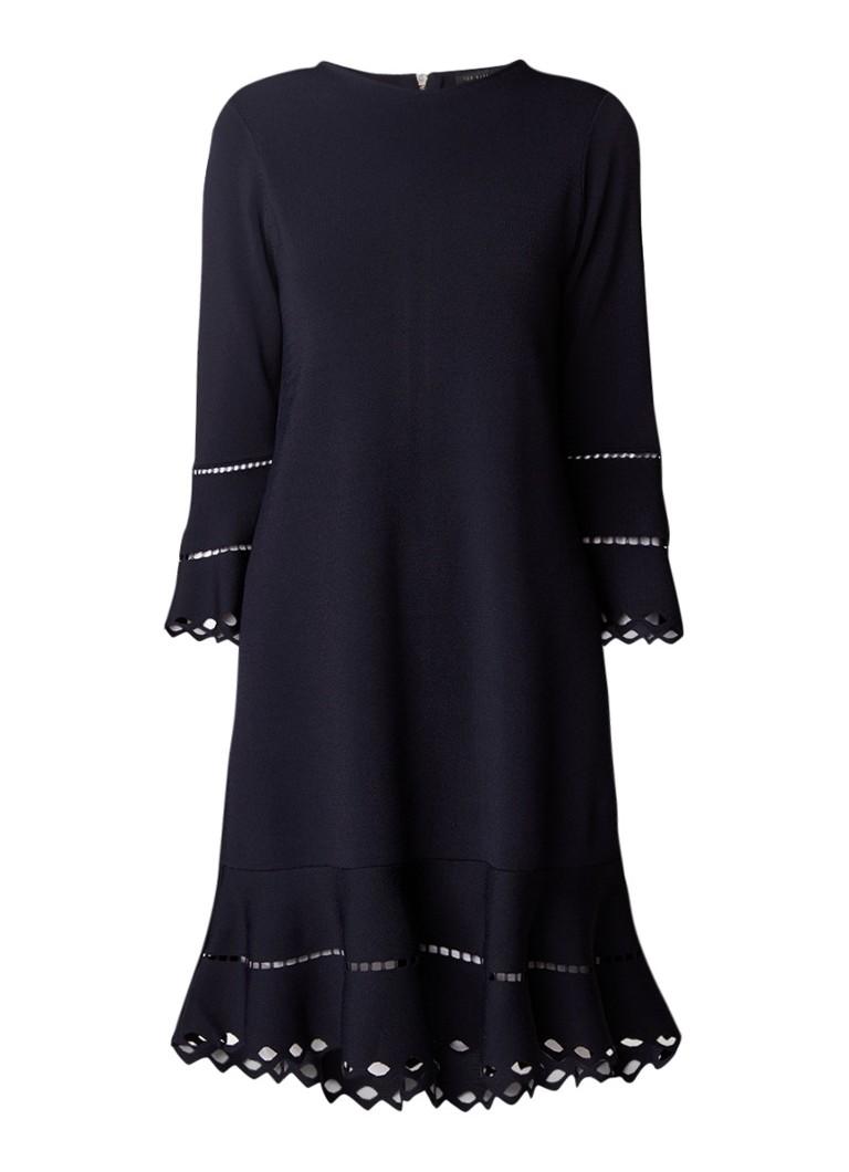 Ted Baker Yazmiin midi-jurk met volant en opengewerkt detail donkerblauw