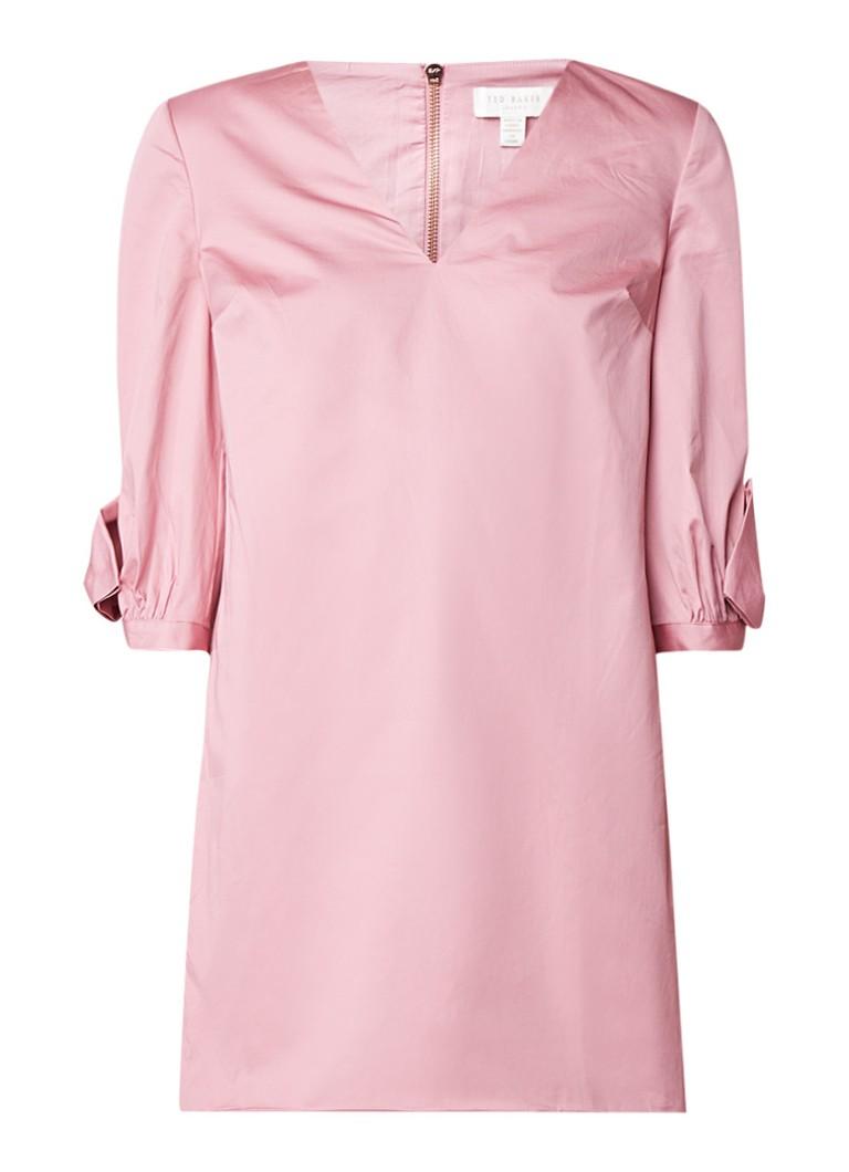 Ted Baker Solyane A-lijn jurk met V-hals en strikdetail lichtroze