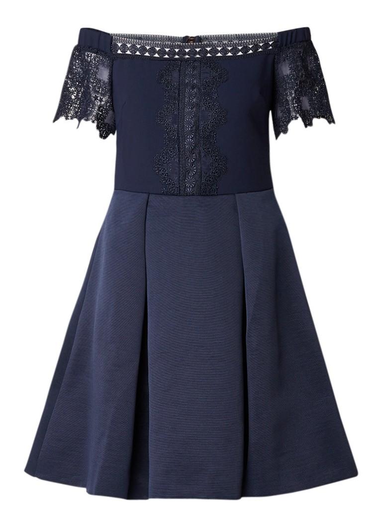 Ted Baker Nowell off shoulder A-lijn jurk met detail van kant donkerblauw