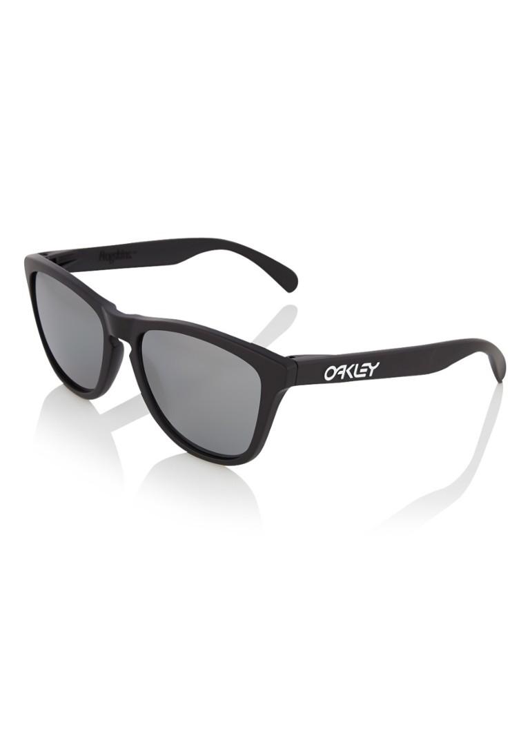 Oakley Frogskin Matte Black/Black Iridium Polarized