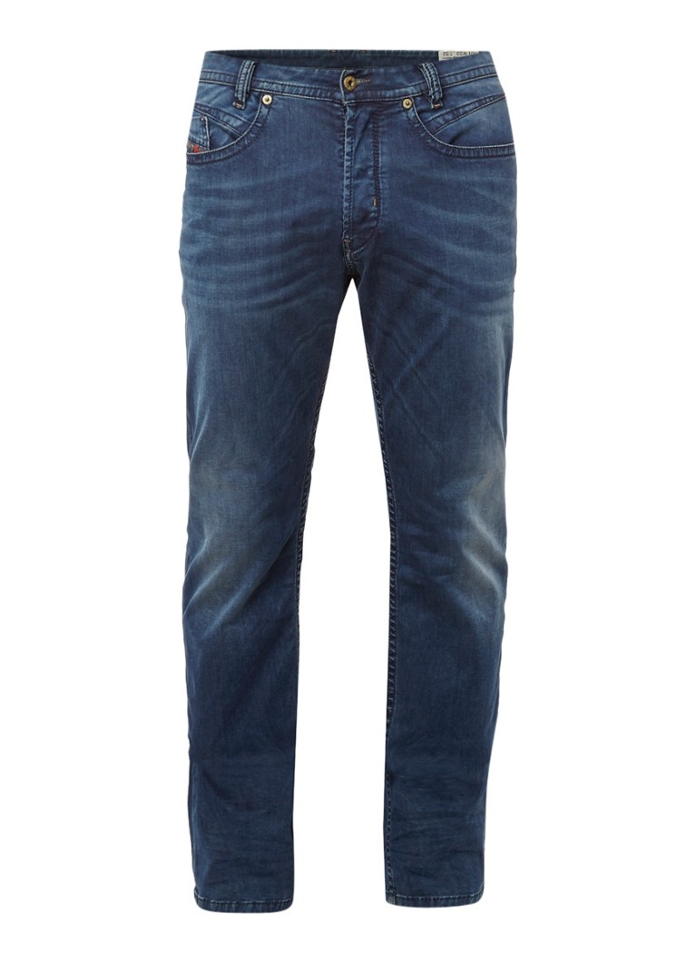 Diesel Akee tapered fit jeans in donkere wassing 0675L