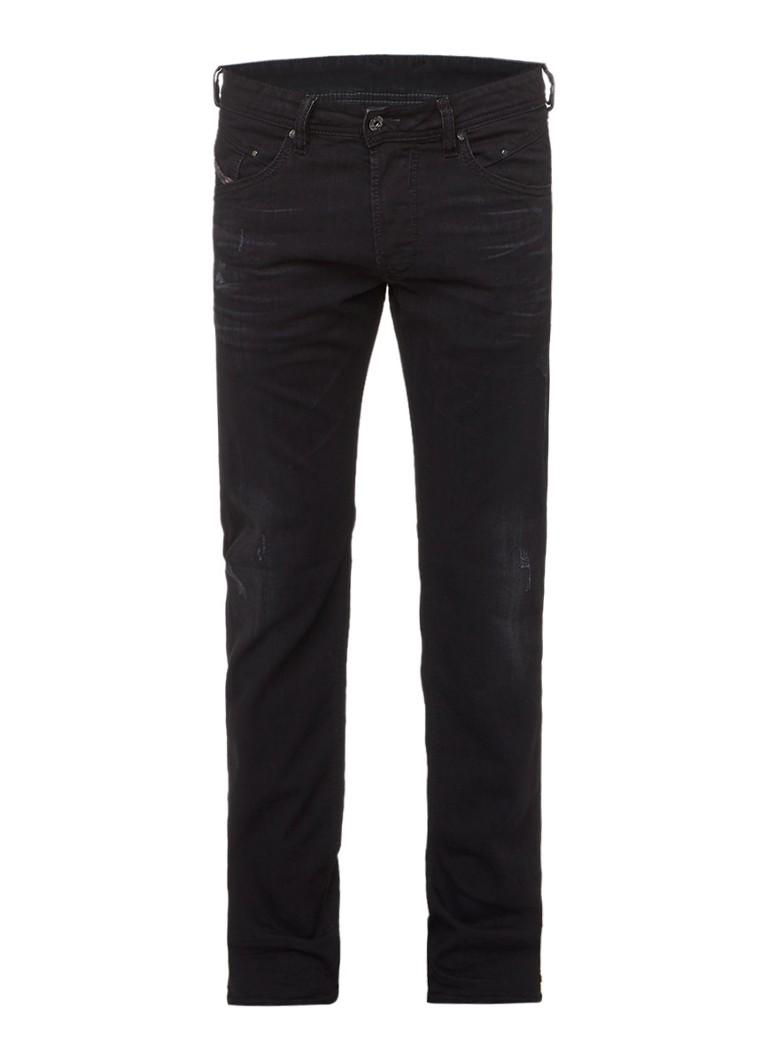 Diesel Belther slim fit tapered jeans met destroyed look 0679F