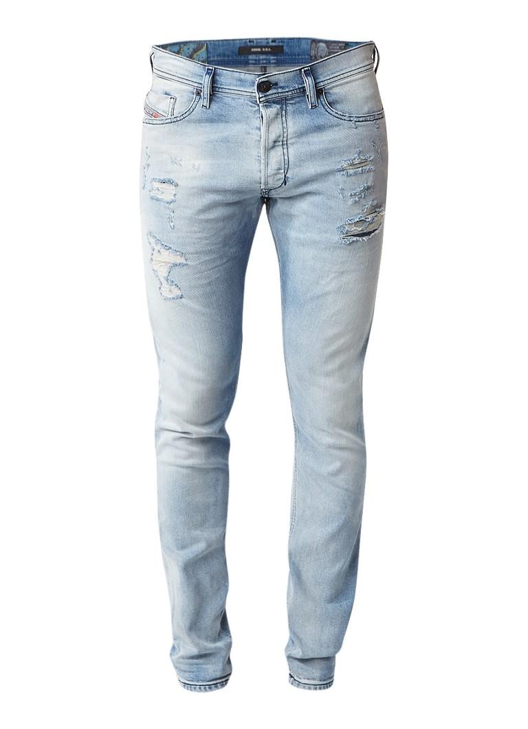 Diesel Tepphar slim carrot fit jeans met destroyed details 084DM