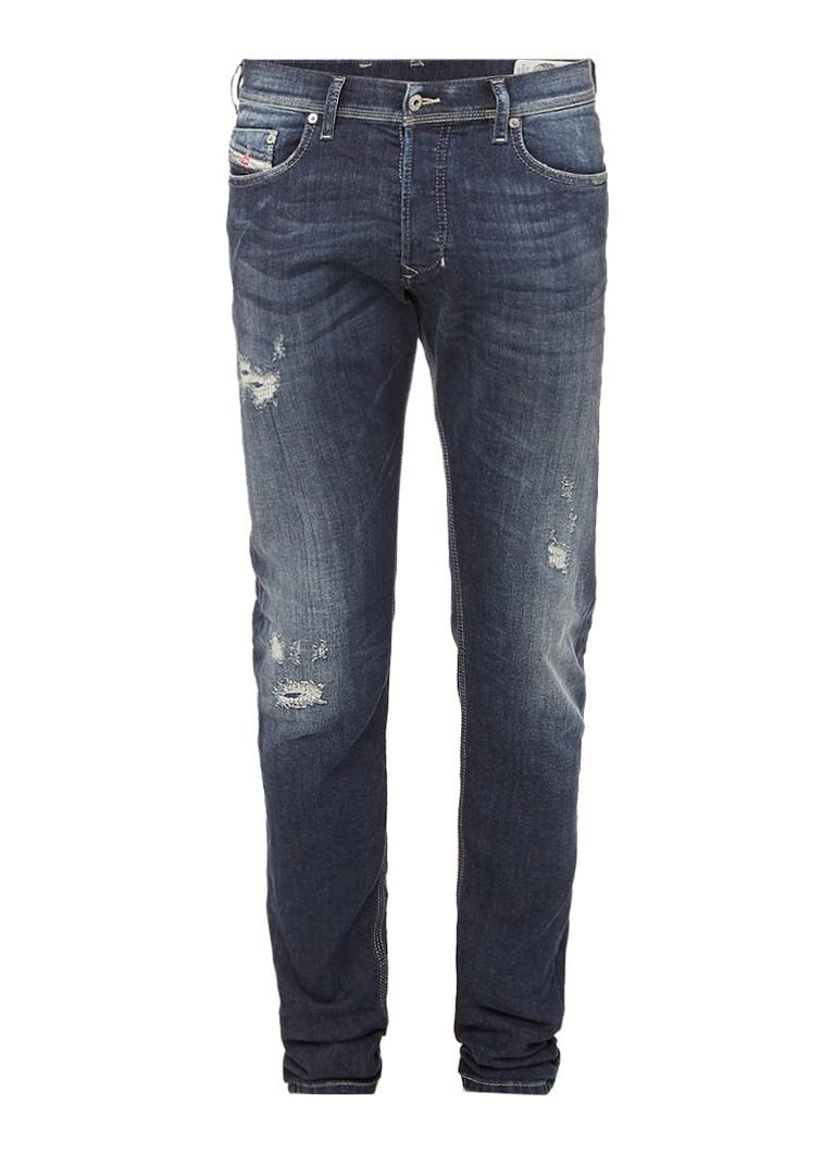 Diesel Tepphar mid rise slim fit jeans met destroyed look 0860K