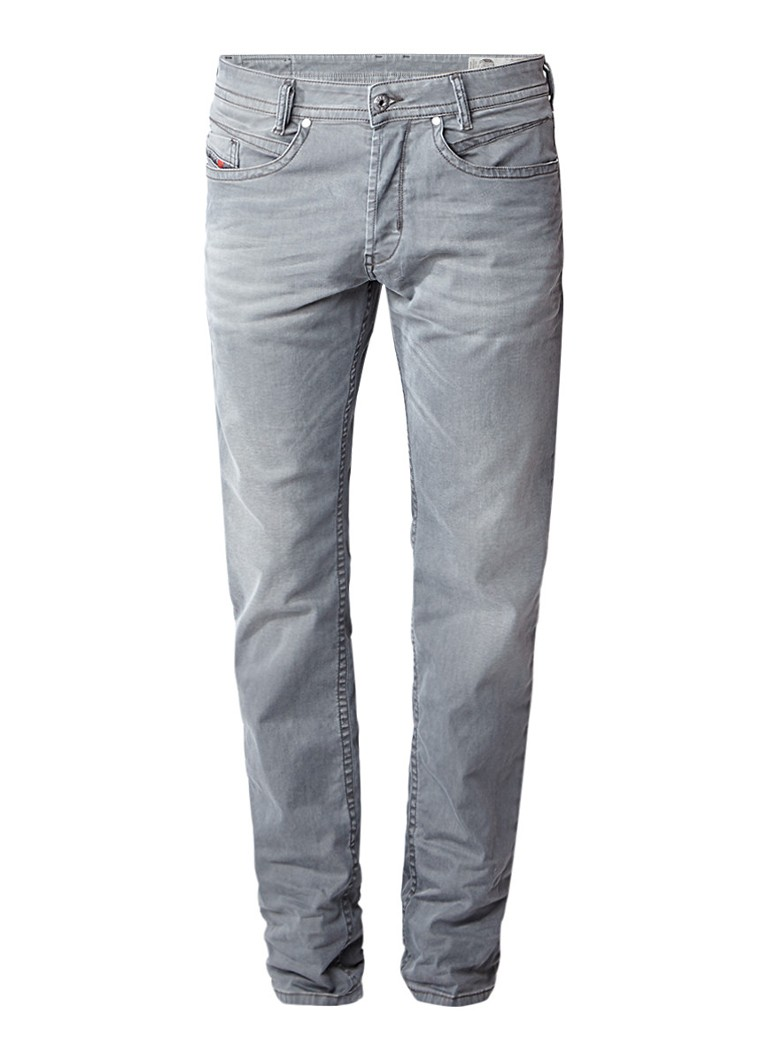 Diesel Akee regular slim tapered jeans met stretch 0699P