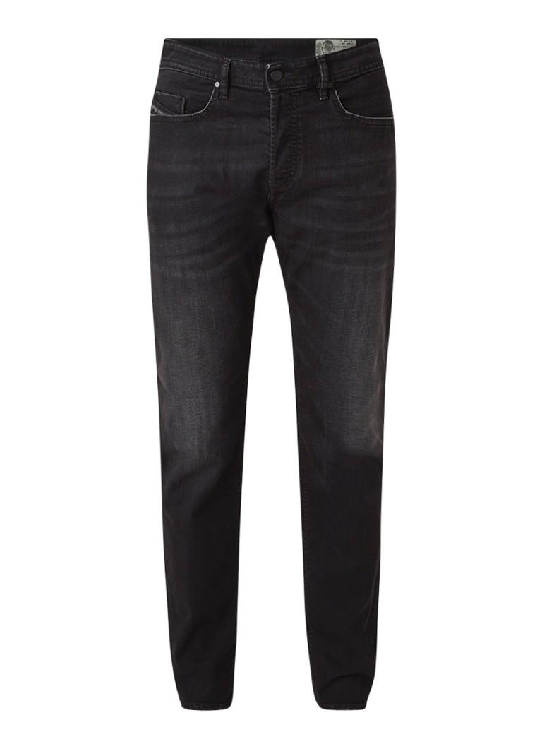 Diesel Buster regular slim-tapered jeans met stretch 069BG