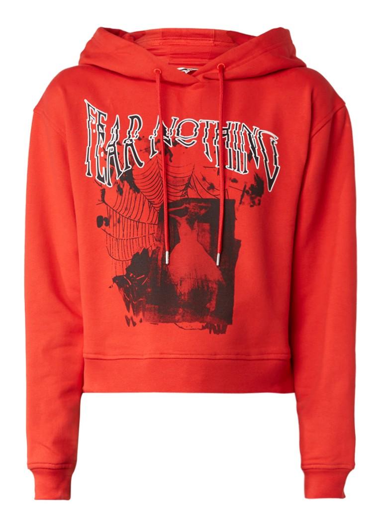 Truien en vesten McQ Alexander McQueen Fear nothing cropped hoodie van katoen met opdruk Rood