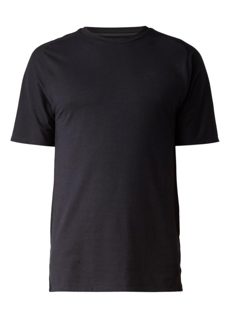 Nike T-shirt met logoprint en zijsplits