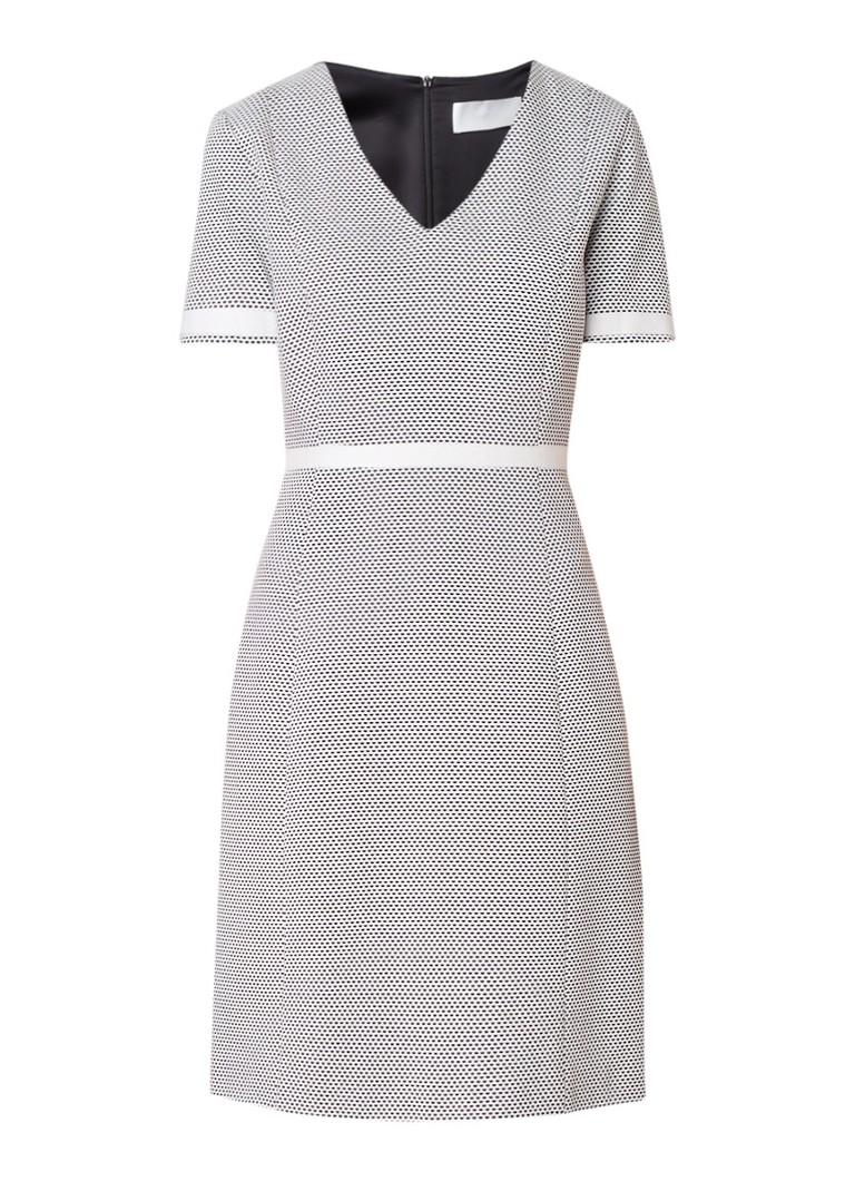 Hugo Boss Higaniu jurk met structuur en V-hals wit