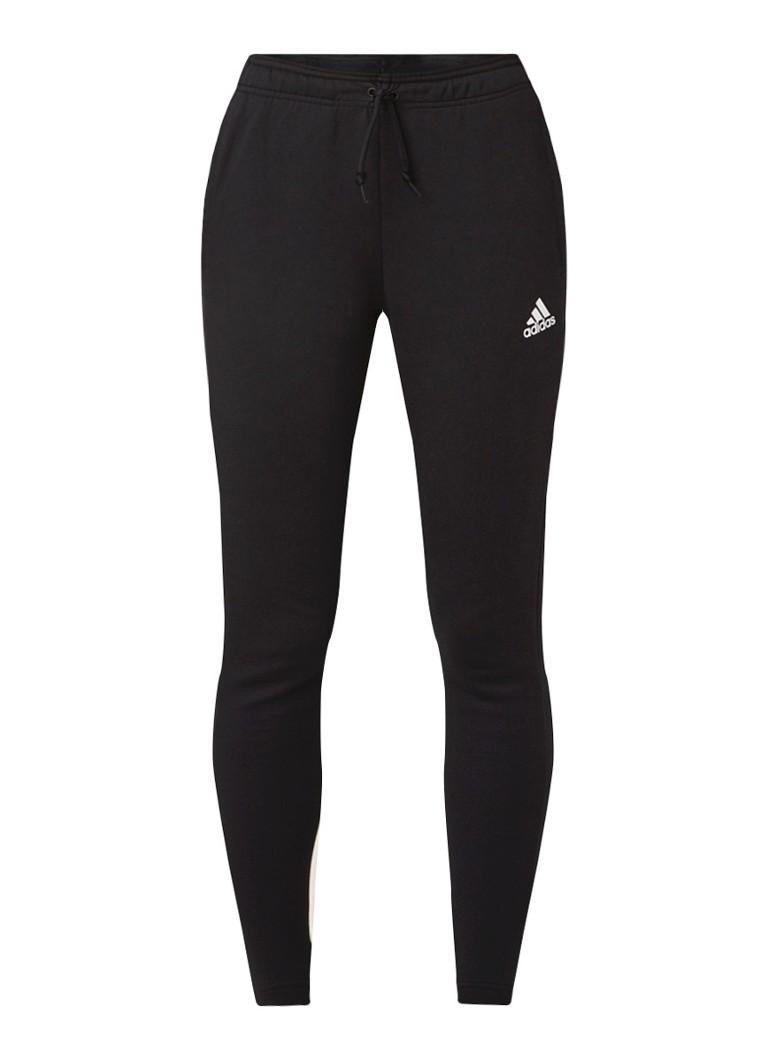 Image of adidas Trainingsbroek met steekzakken en streepdetail