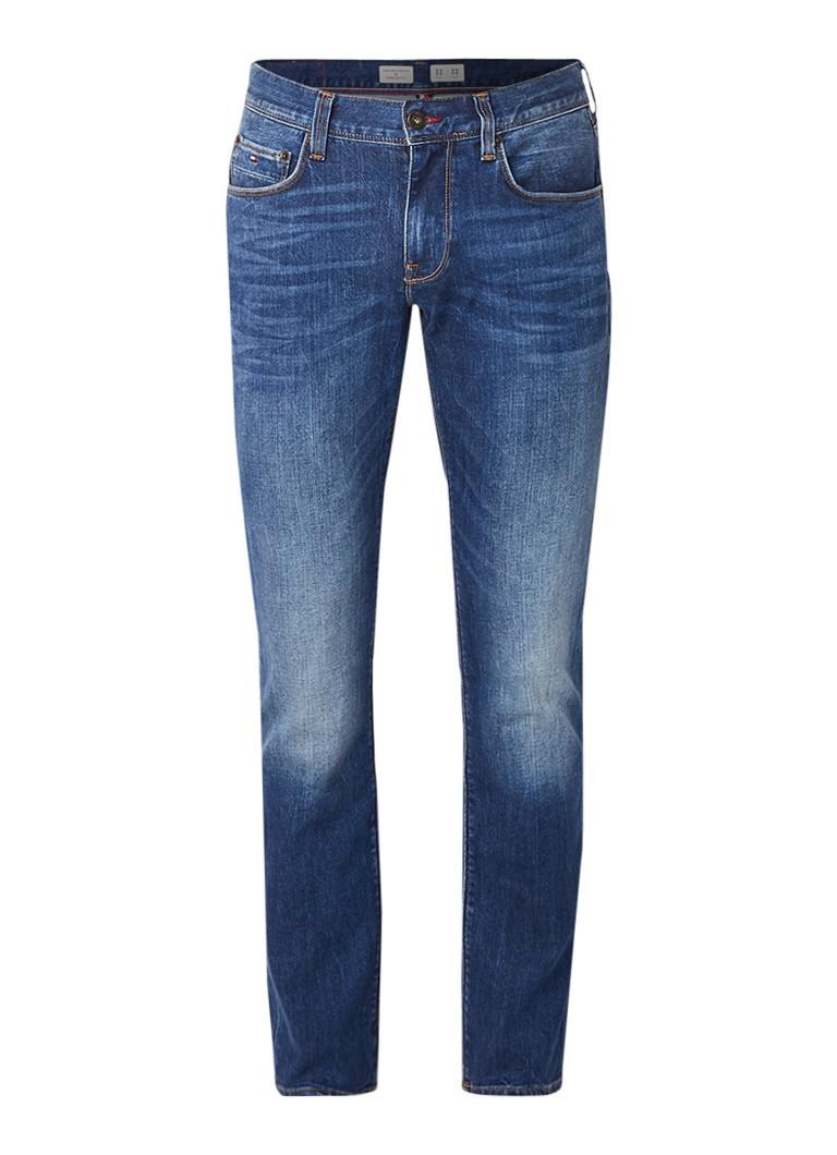 Tommy Hilfiger Denton straight fit jeans met medium wassing