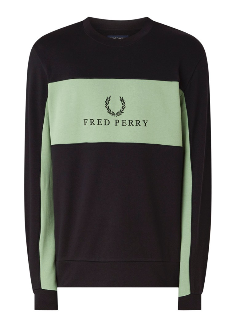 Image of Fred Perry Sweater met logoborduring