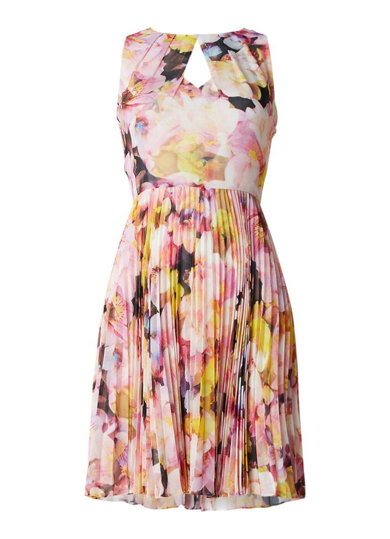 Karen Millen Gebloemde A-lijn jurk met plissé roze