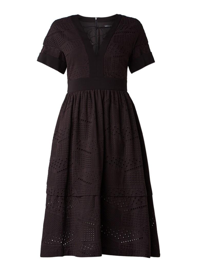 Karen Millen A-lijn jurk van broderie met rijgdetail zwart