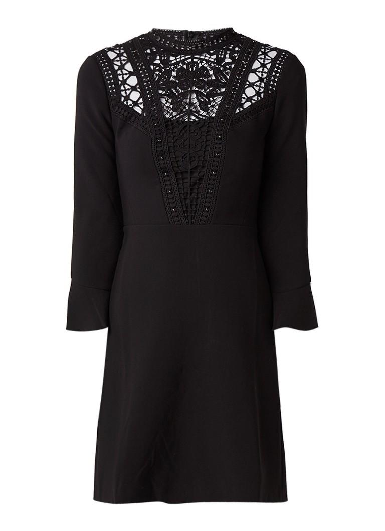 Karen Millen A-lijn jurk met gehaakte detail en volant zwart
