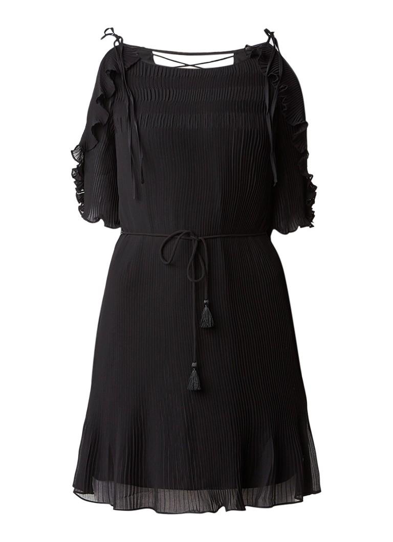 Karen Millen Cold shoulder plissé jurk met rijgdetail en volant zwart