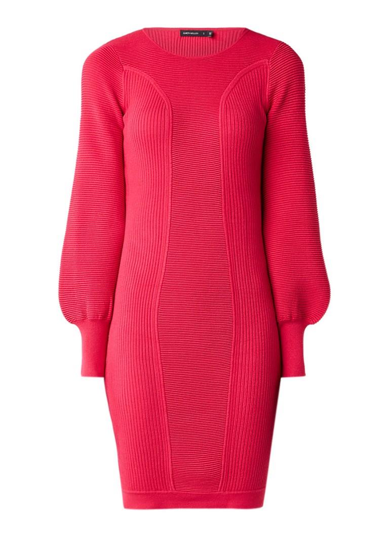 Karen Millen Ribgebreide jurk met ballonmouw fuchsia