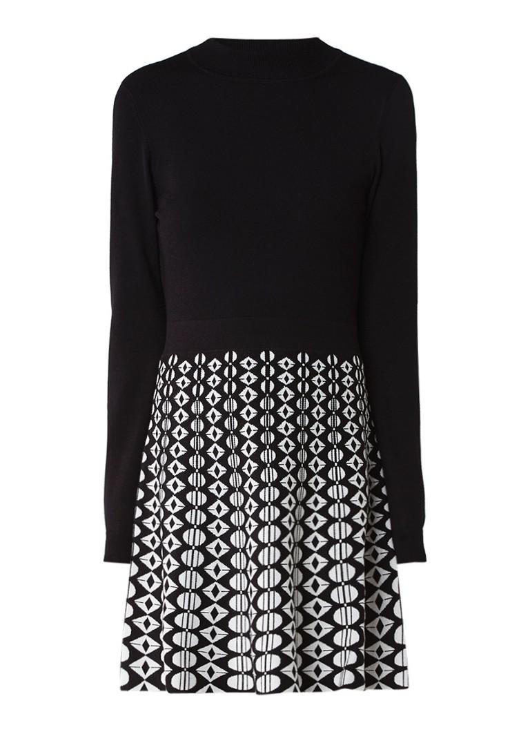 Karen Millen A-lijn jurk met ingebreid grafisch dessin zwart