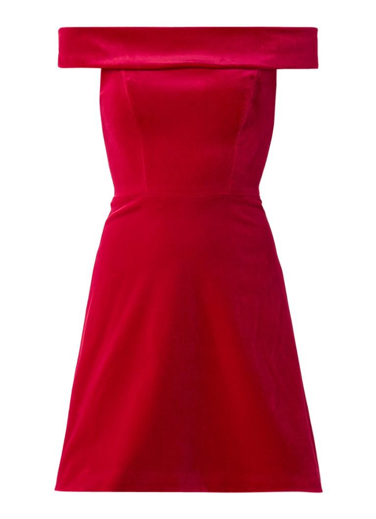 Karen Millen Off shoulder jurk van fluweel met deelnaden rood