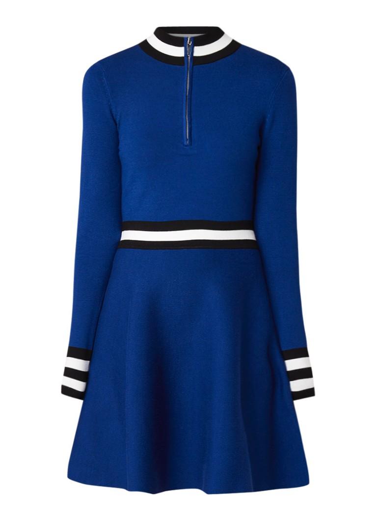 Karen Millen Fijngebreide A-lijn jurk met contraststreep royalblauw