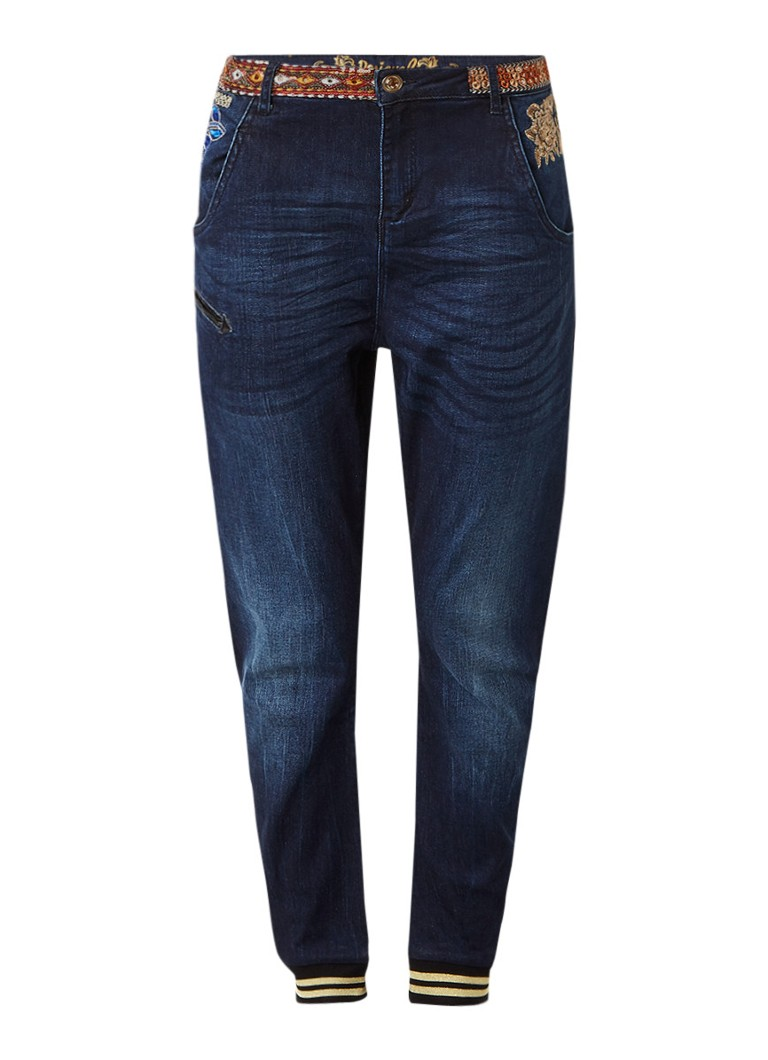 Desigual Exotic low rise tapered fit jeans met borduursel