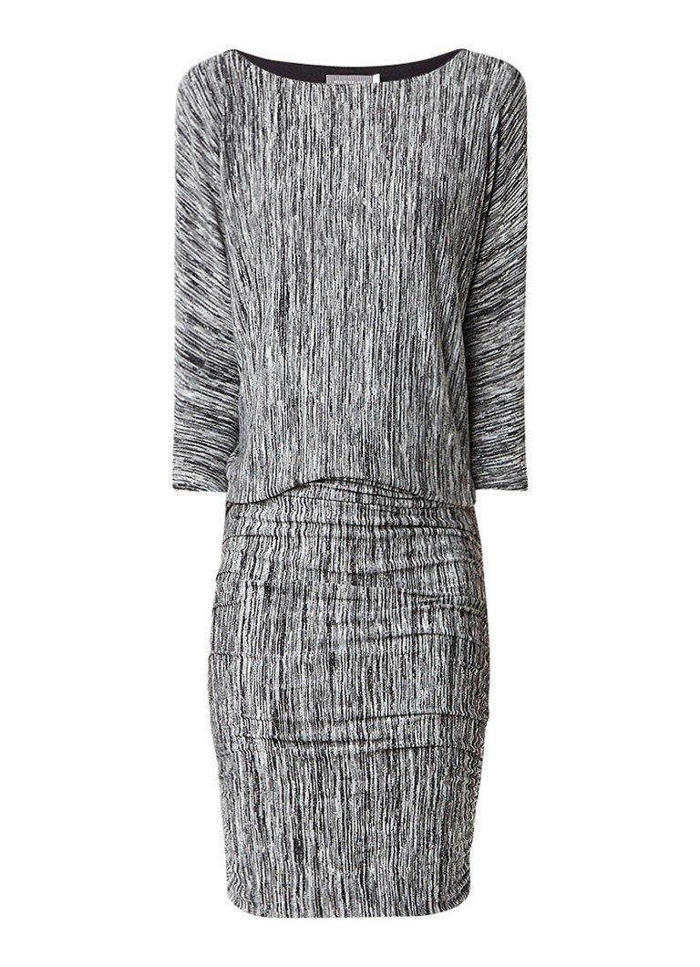Mint Velvet Fijngebreide midi-jurk met streepdessin en plooidetails zwart