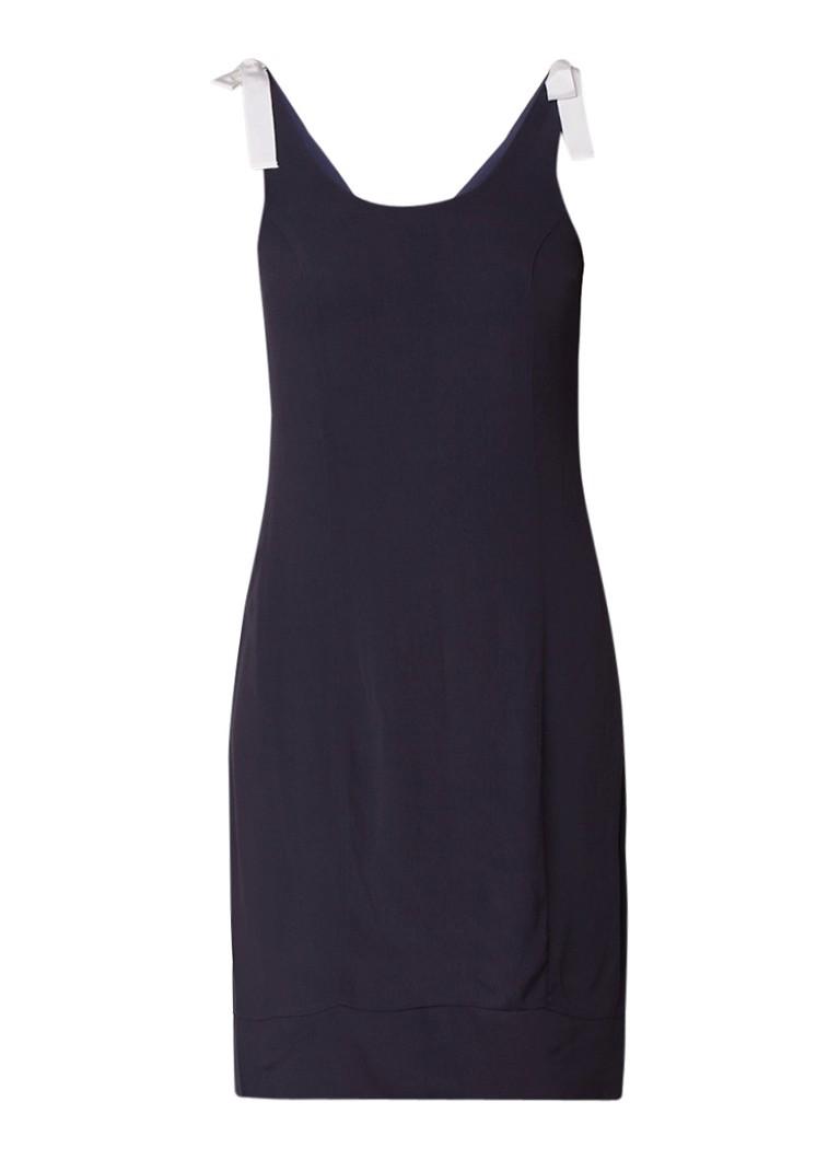 Mint Velvet A-lijn jurk van crêpe met strikdetails donkerblauw