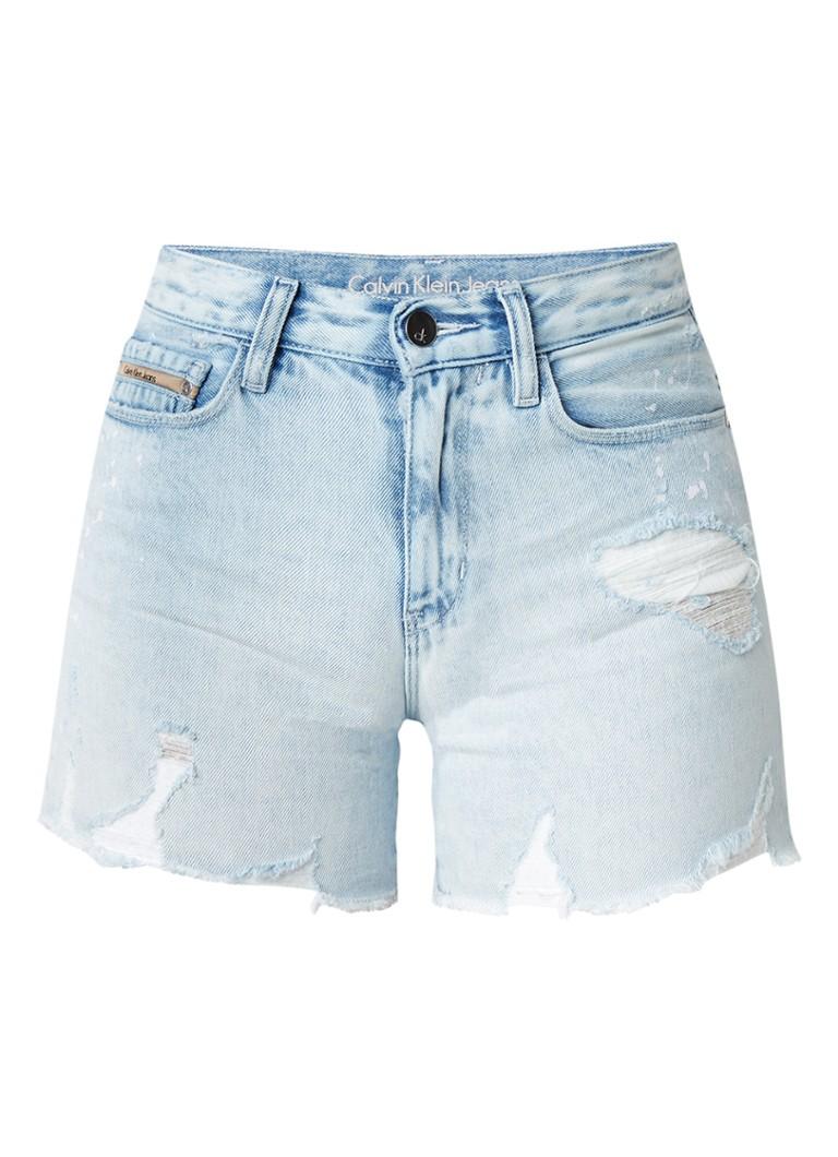 Calvin Klein High rise destroyed denim shorts met verfspatten