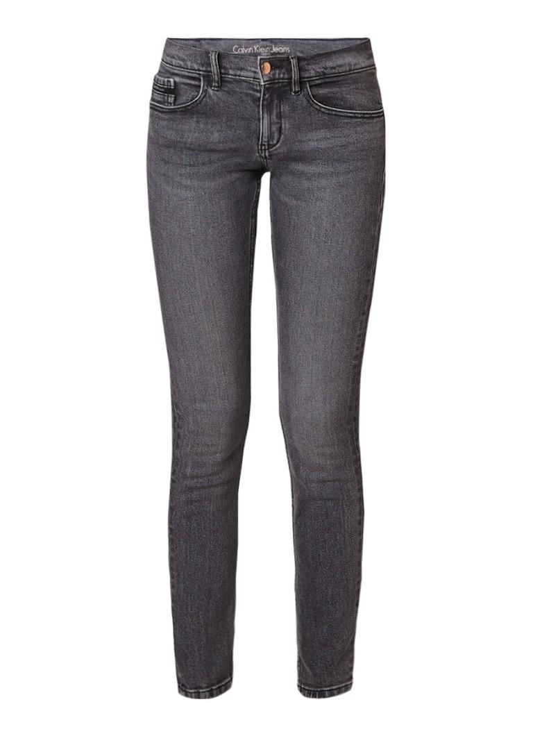 Calvin Klein Mr Skinny mid rise skinny jeans met stretch