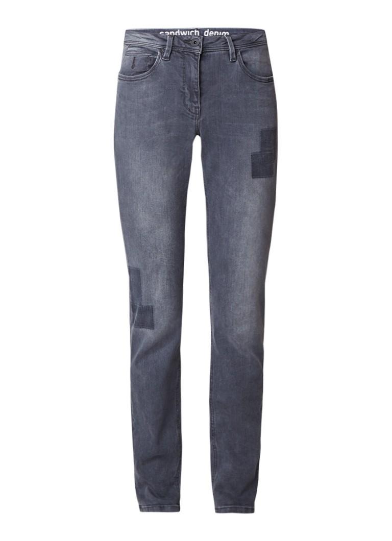 Sandwich Slim fit jeans met denim patches