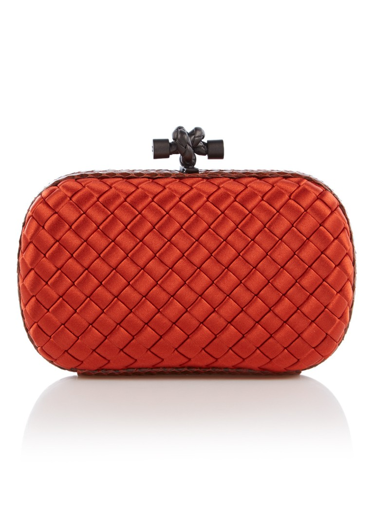 Bottega Veneta The Knot Mini Intrecciato clutch van satijn