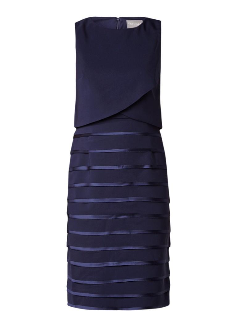 Phase Eight Gaia layered jurk met details van satijn donkerblauw