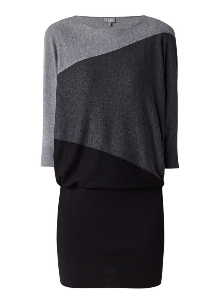 Phase Eight Becca jurk met vleermuismouw en diagonale print grijsmele